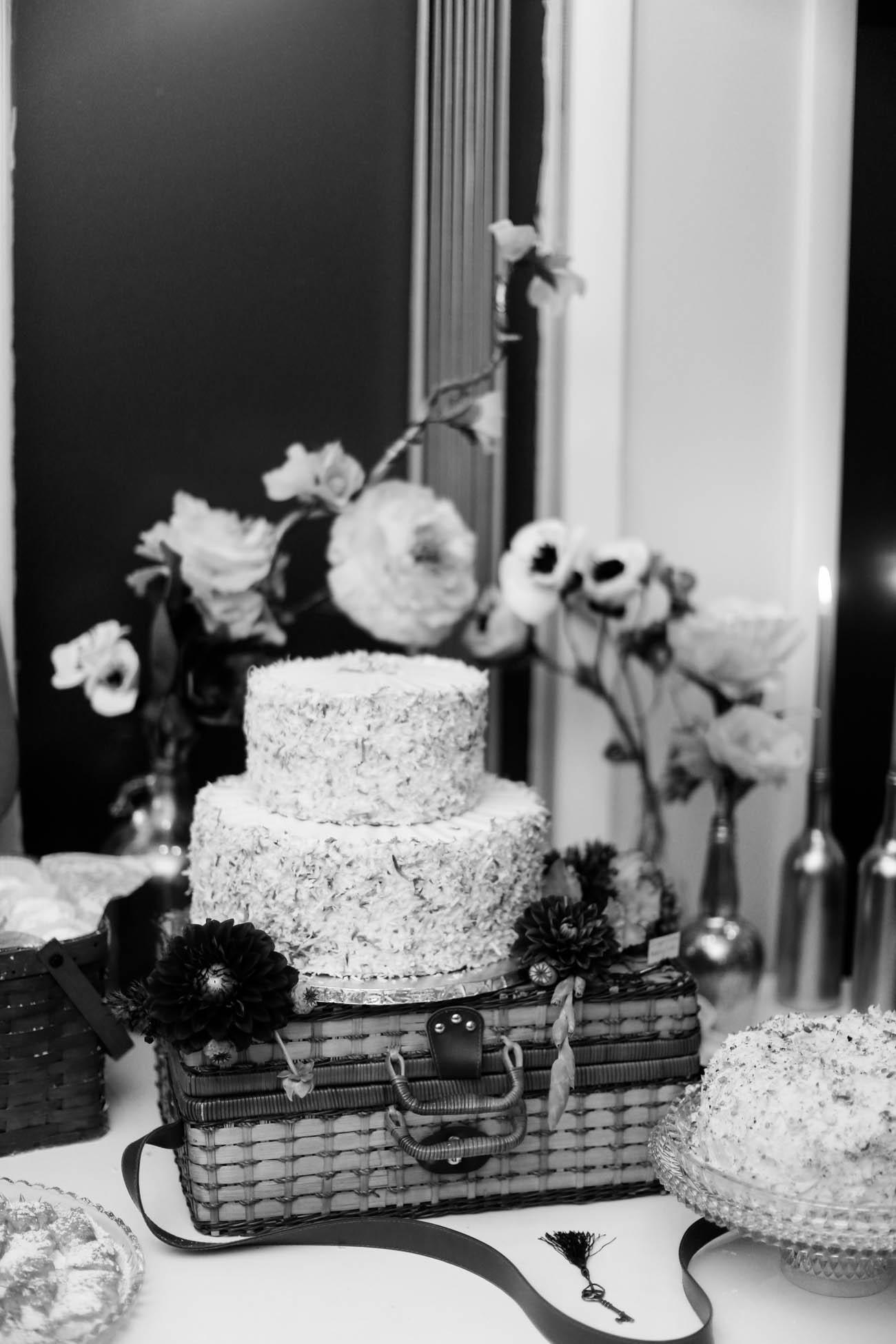 Speakeasy-1920s-theme-Louisville-and-Lexington Wedding-352.jpg