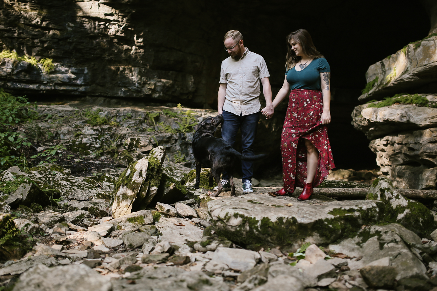 Eastern-Kentucky-Outdoors-Cave-Engagement-Photography-11.jpg