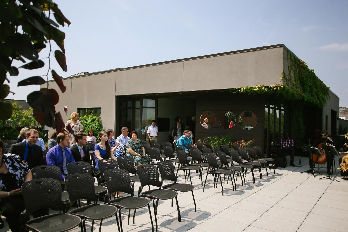 21c-rooftop-Louisville-elegant-kentucky-chicago-wedding-134.jpg
