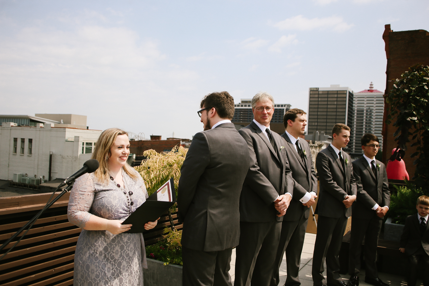 21c-rooftop-Louisville-elegant-kentucky-chicago-wedding-163.jpg