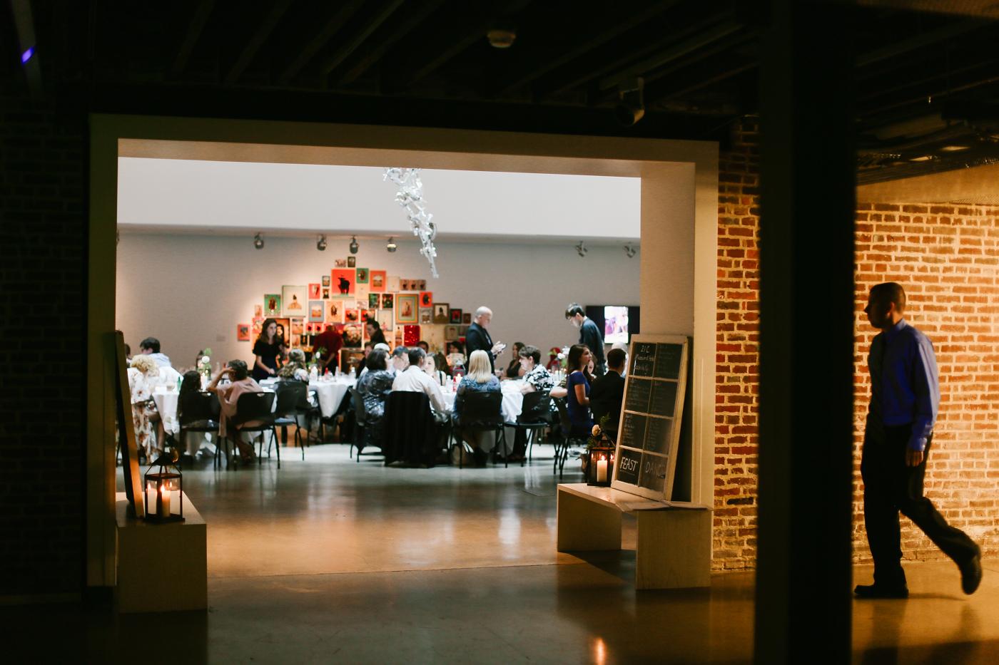 21c-rooftop-Louisville-elegant-kentucky-chicago-wedding-402.jpg