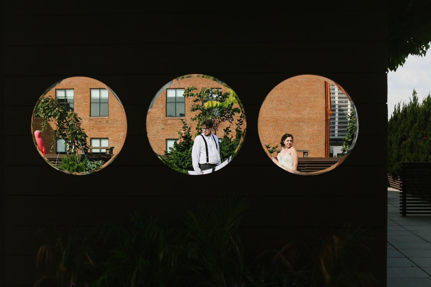 21c-rooftop-Louisville-elegant-kentucky-chicago-wedding-491.jpg