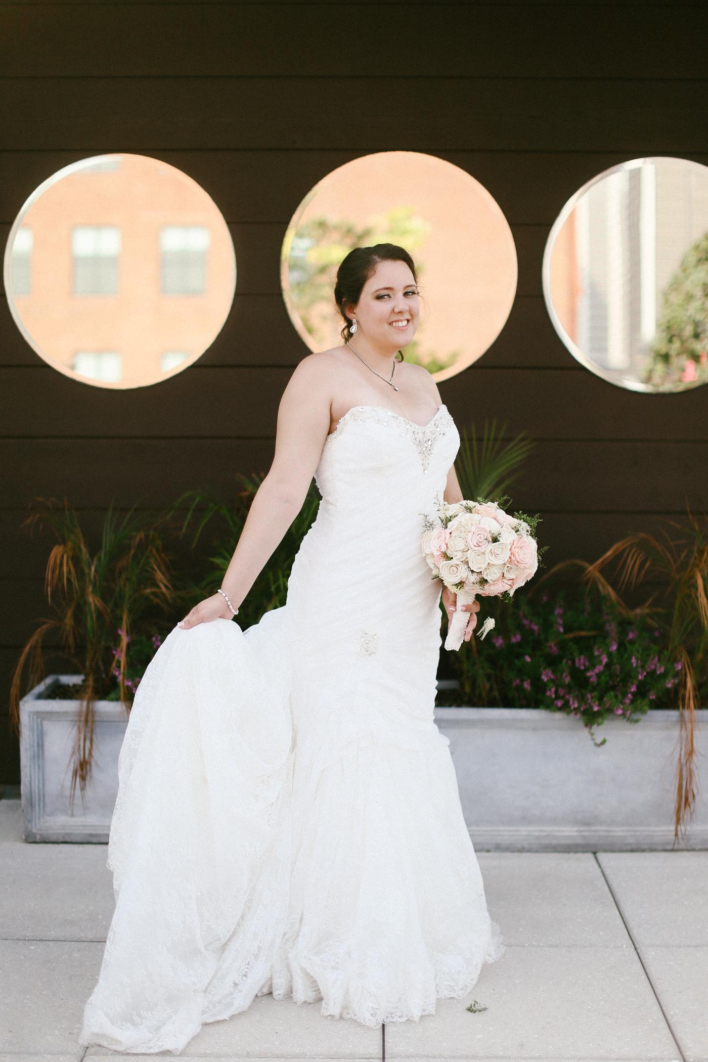 21c-rooftop-Louisville-elegant-kentucky-chicago-wedding-506.jpg