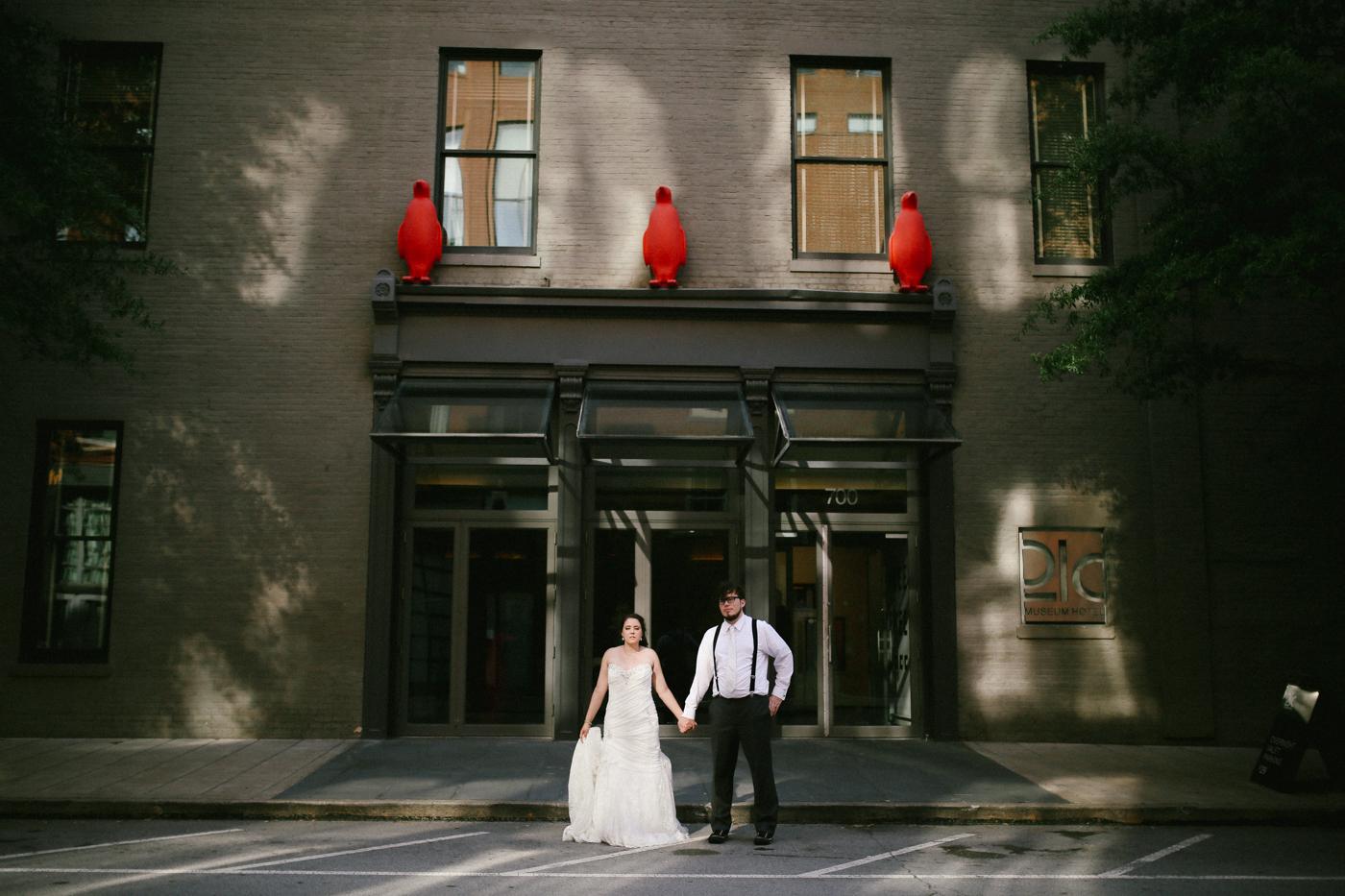 21c-rooftop-Louisville-elegant-kentucky-chicago-wedding-542.jpg