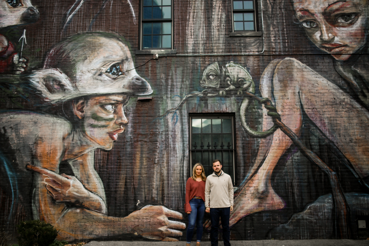 Downtown-Lexington-Mural-Prhtbn-Dog-Engagement-Wedding-Photography-8.jpg