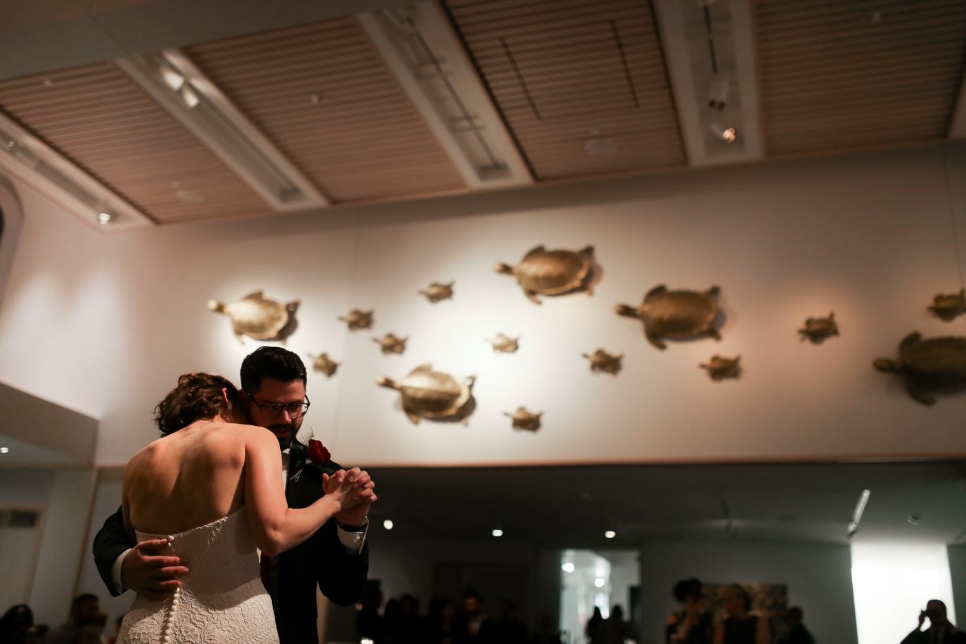 21C-Museum-Hotel-Lexington-Kentucky-Best-Wedding-Photographer-22.jpg
