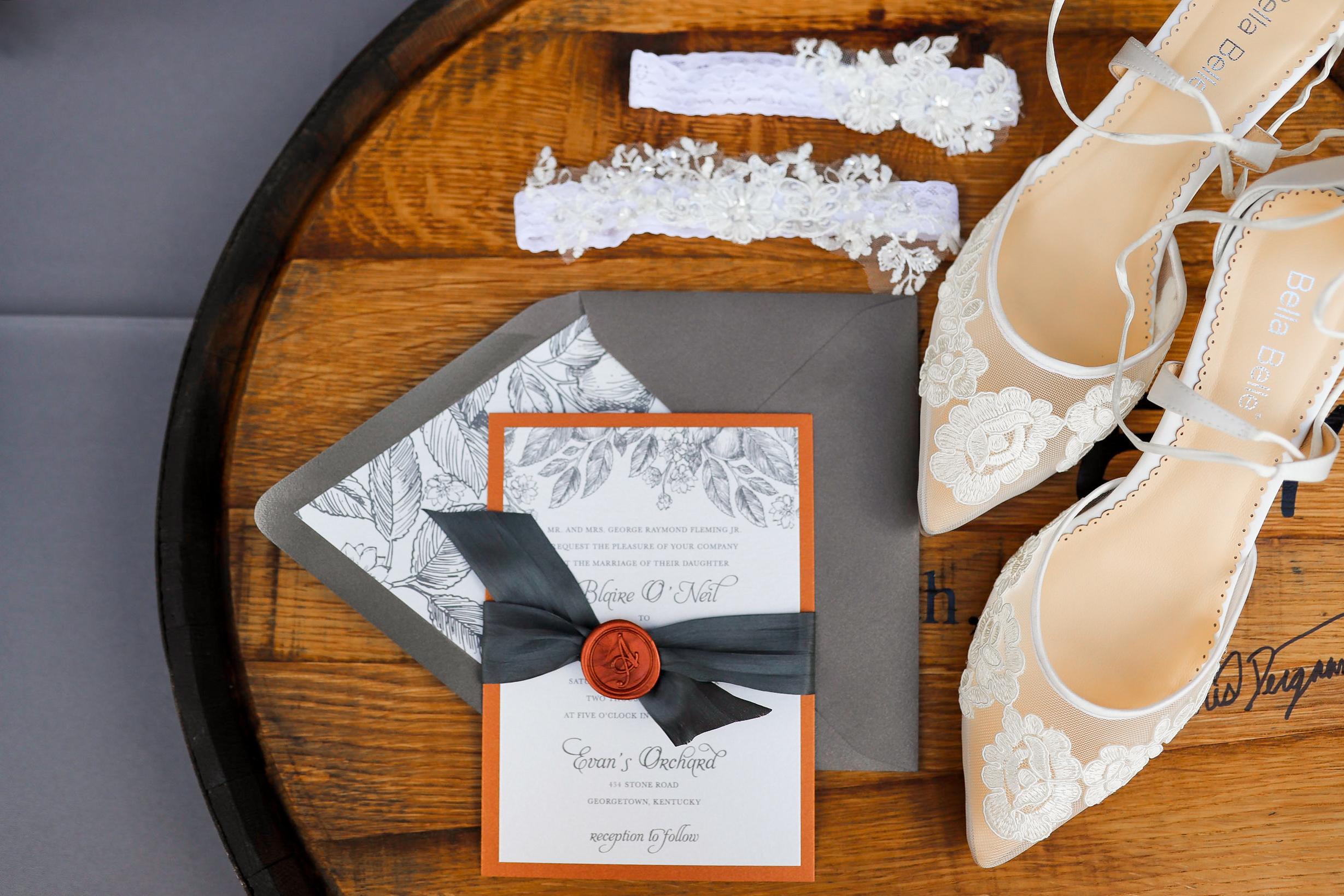 Evans-Orchard-Lexington-Kentucky-Fall-Wedding-1.jpg