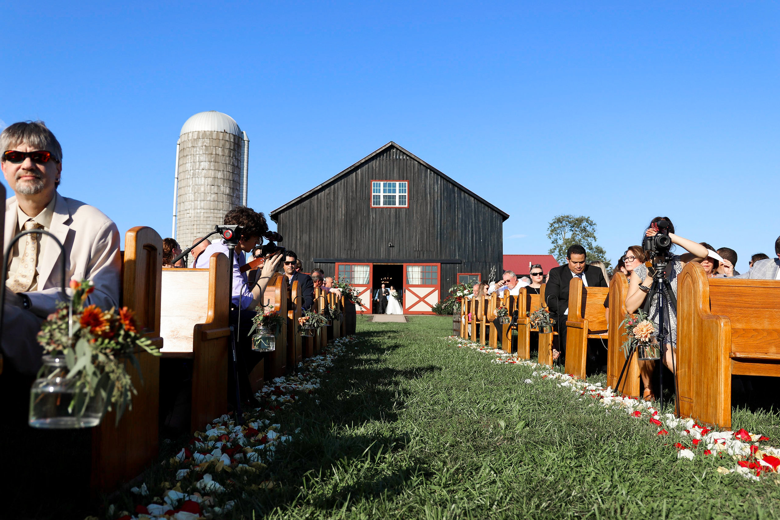 Evans-Orchard-Lexington-Kentucky-Fall-Wedding-15.jpg