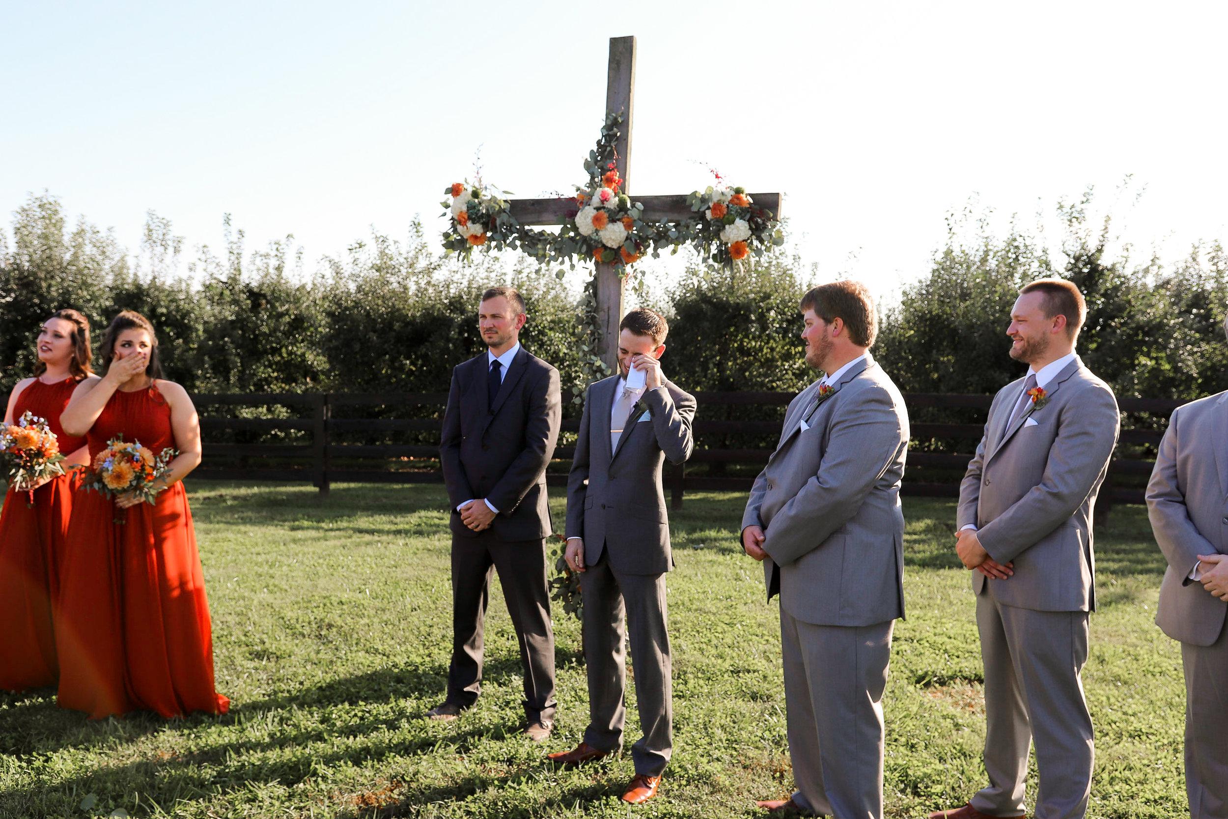 Evans-Orchard-Lexington-Kentucky-Fall-Wedding-17.jpg