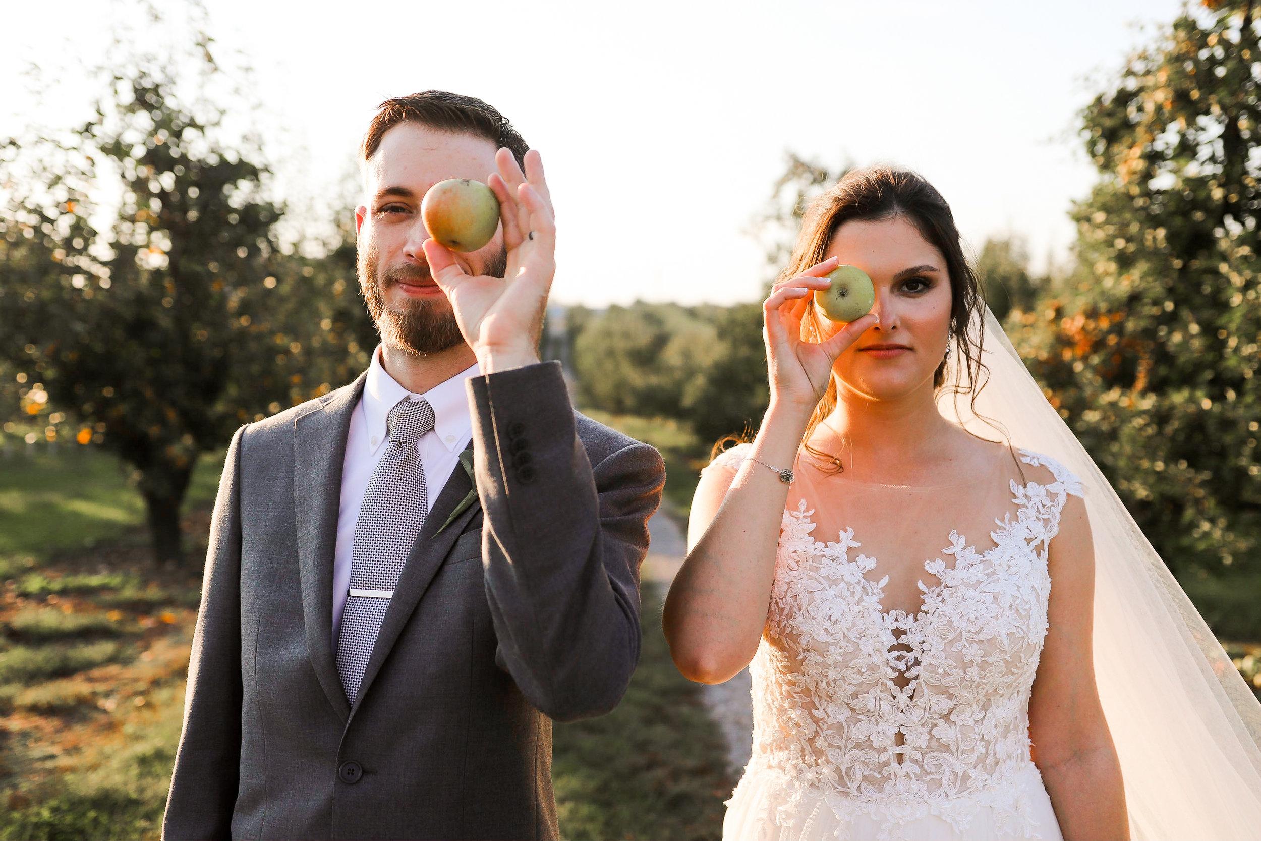 Evans-Orchard-Lexington-Kentucky-Fall-Wedding-27.jpg