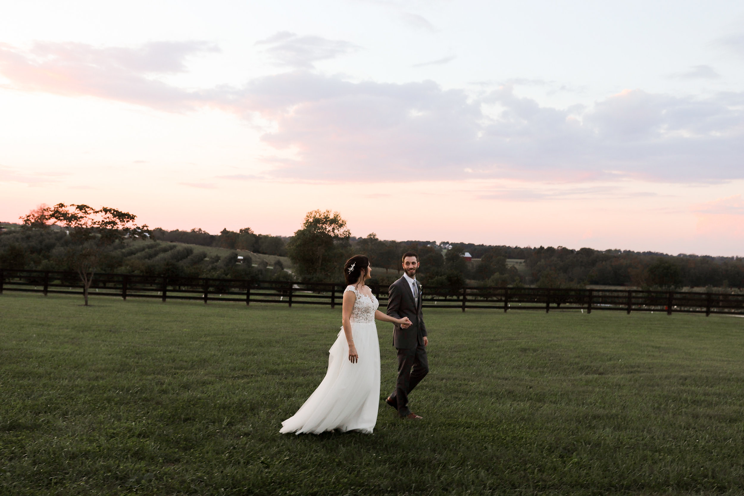 Evans-Orchard-Lexington-Kentucky-Fall-Wedding-32.jpg