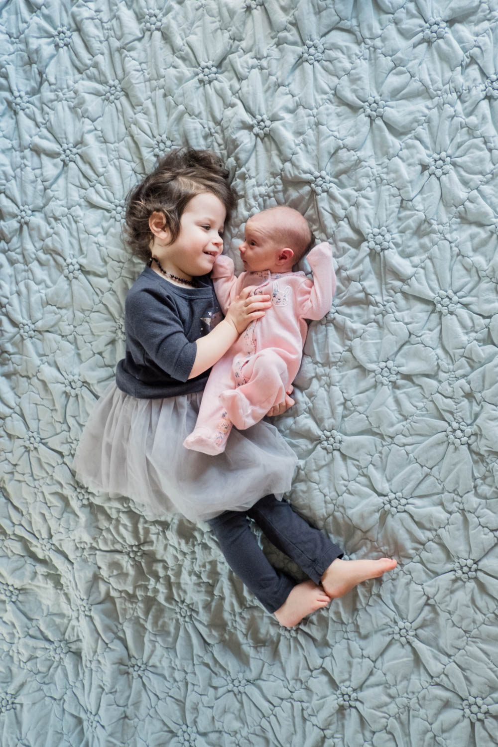 sister-with-newborn-photograph-chicago-.jpg
