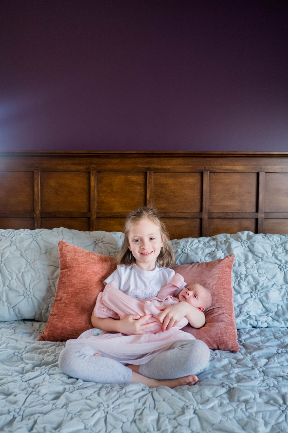 sister-with-newborn-photograph-chicago--3.jpg