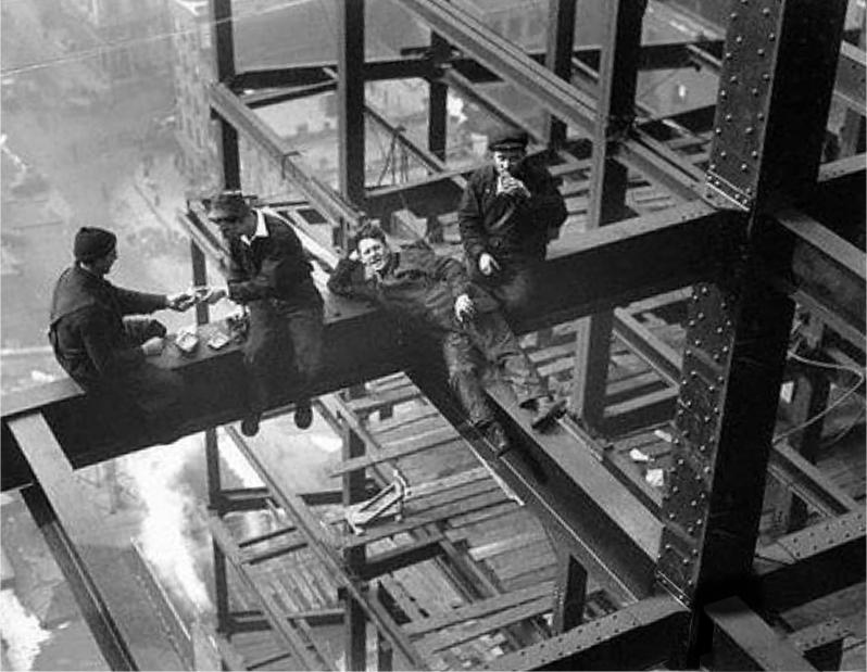 The Deskarati Steelwork Illusion