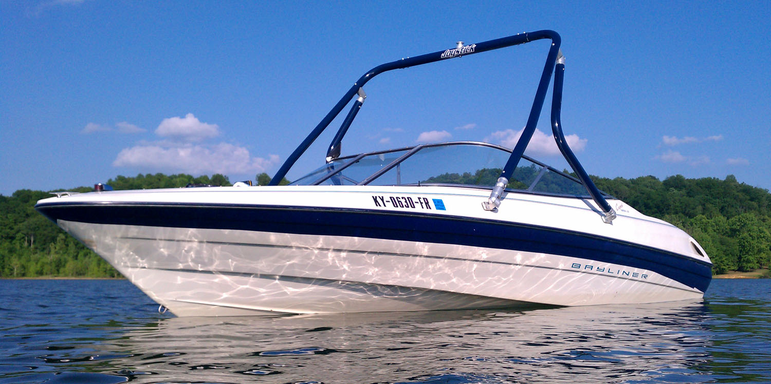 Wakeboard Tower on a 1995 Bayliner 2050 ls