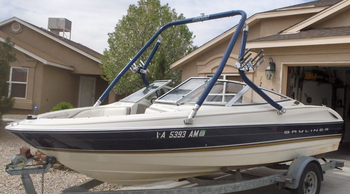 Wakeboard Tower on a 1996 Bayliner 1750 ls
