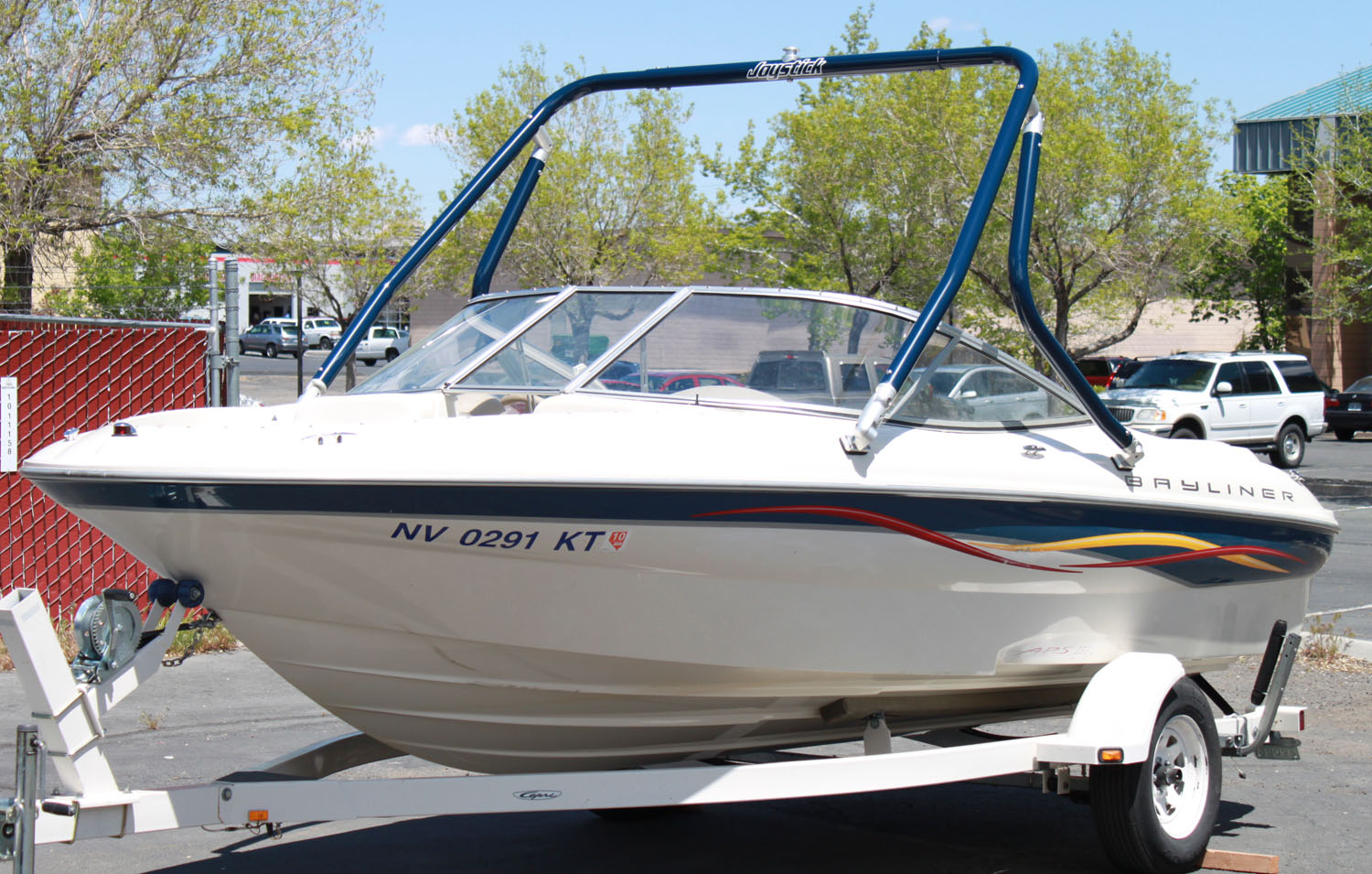 Wakeboard Tower on a 2001 Bayliner 195