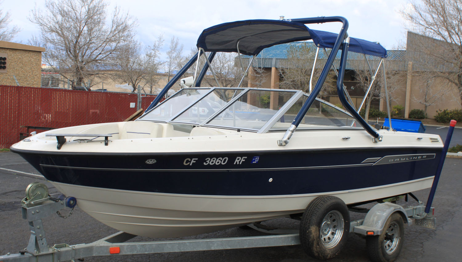 Wakeboard Tower on a 2006 Bayliner 194 classic