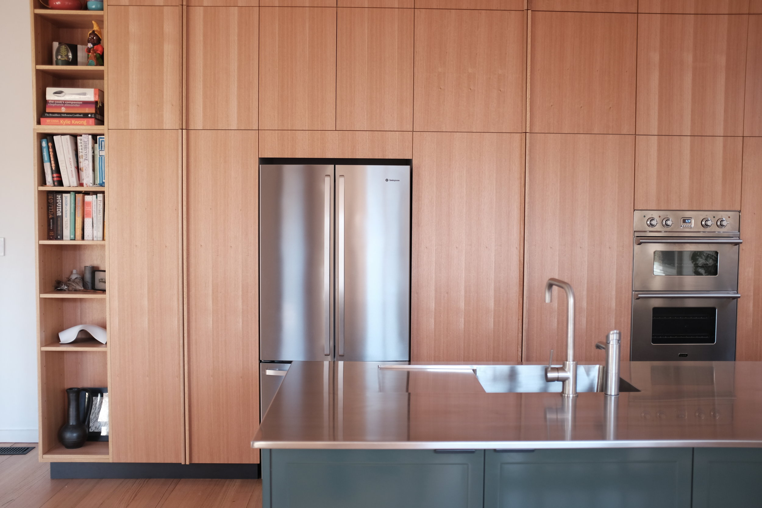 Timber benchtop and custom cut out handles