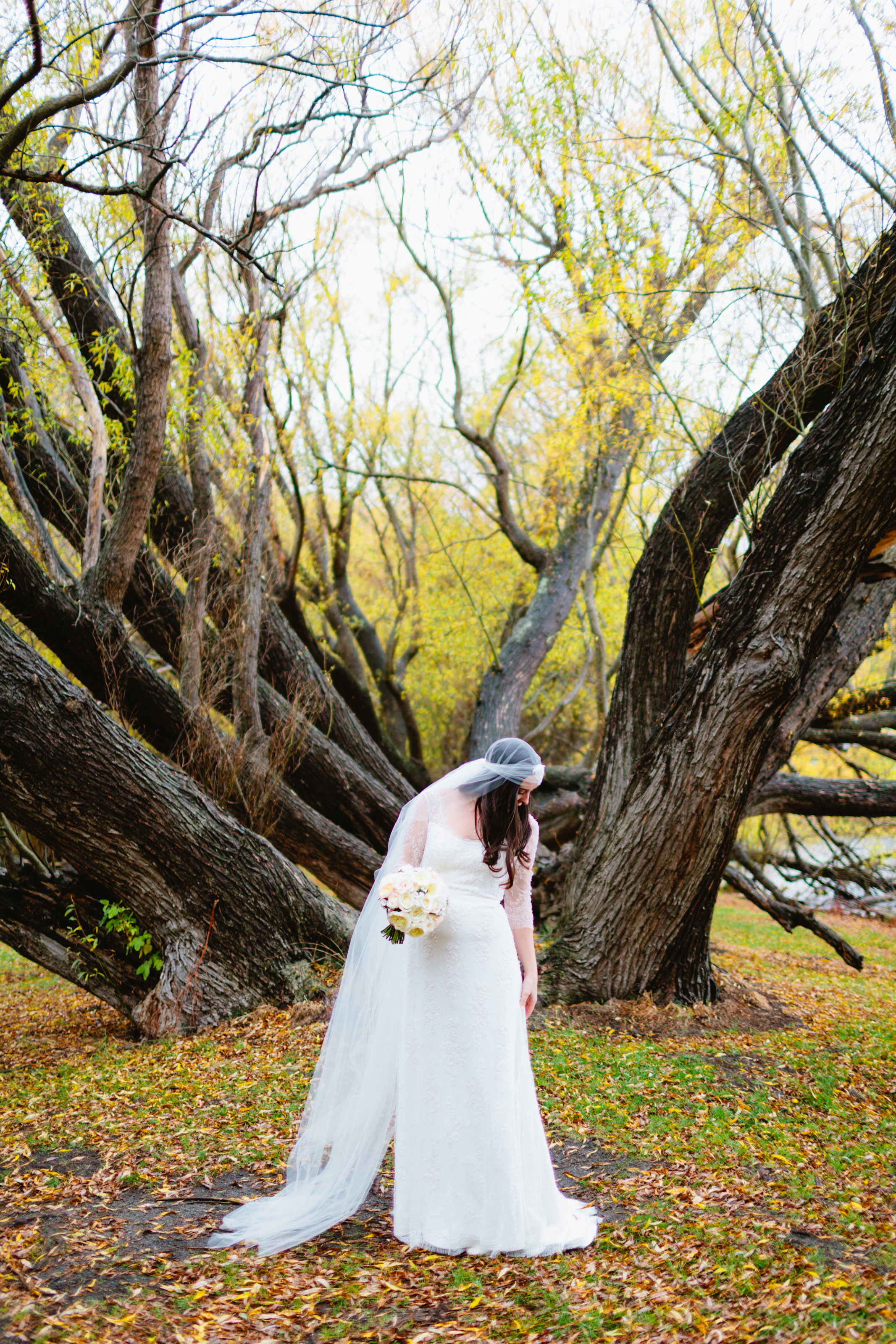 7CarolineMcCredie-Wedding-LanceJessQueenstown_0006.jpg