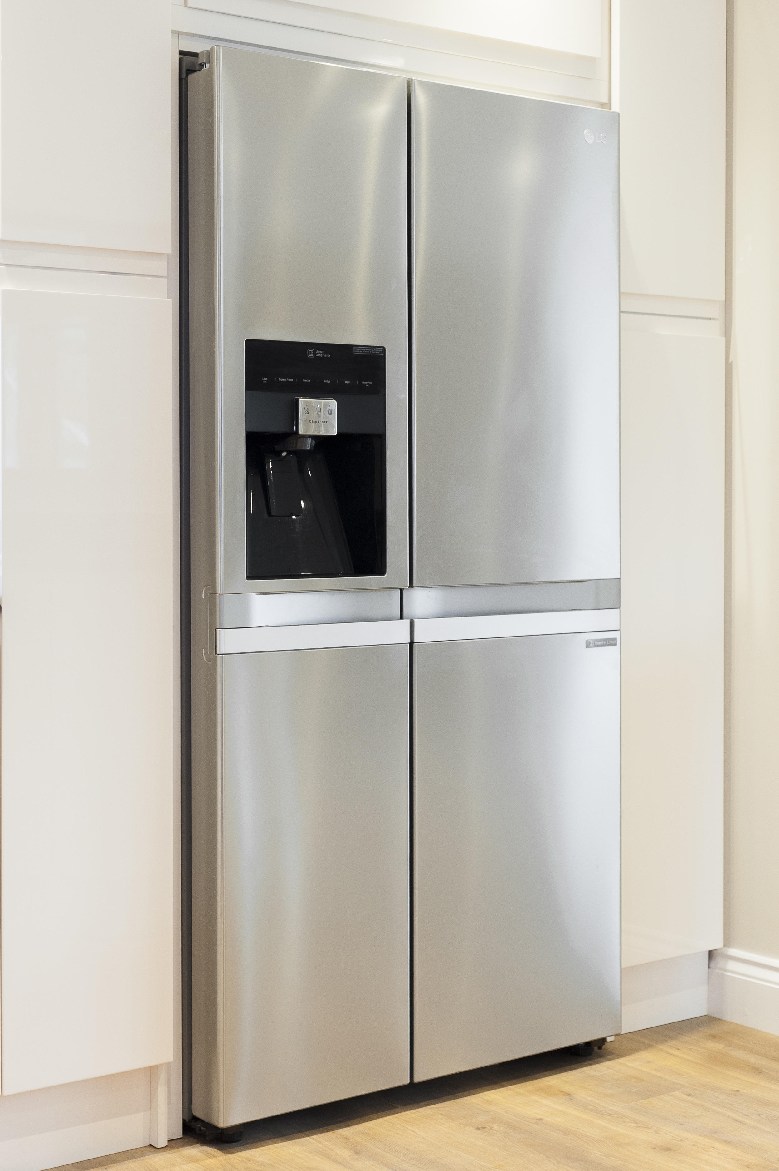 Double Chrome Fronted Fridge Freezer with Ice/Water Dispenser