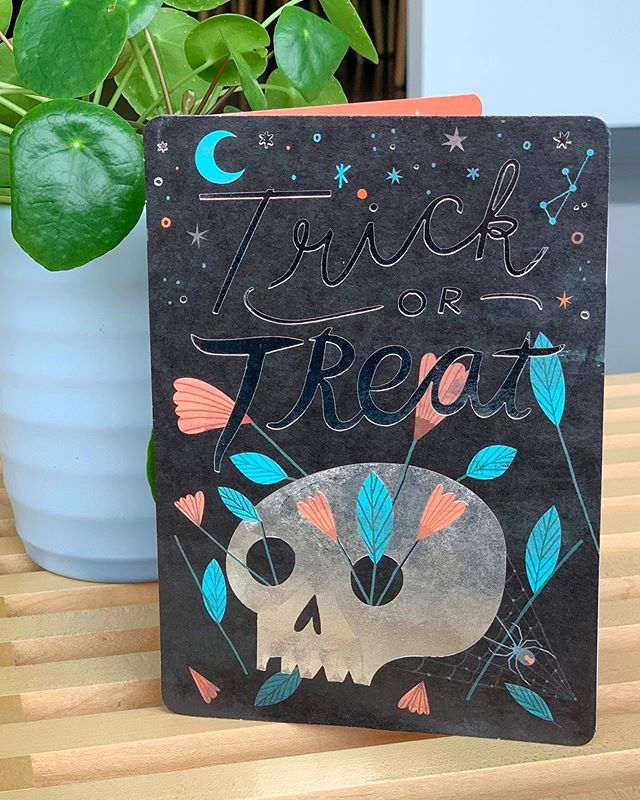 Halloween is just around the corner! Check out this spooky greeting card design I did for @amgreetings sold @target ! 💀 🕷 🌙  #print #greetingcard #illustration #sketch #handlettering #DanteTerzigni