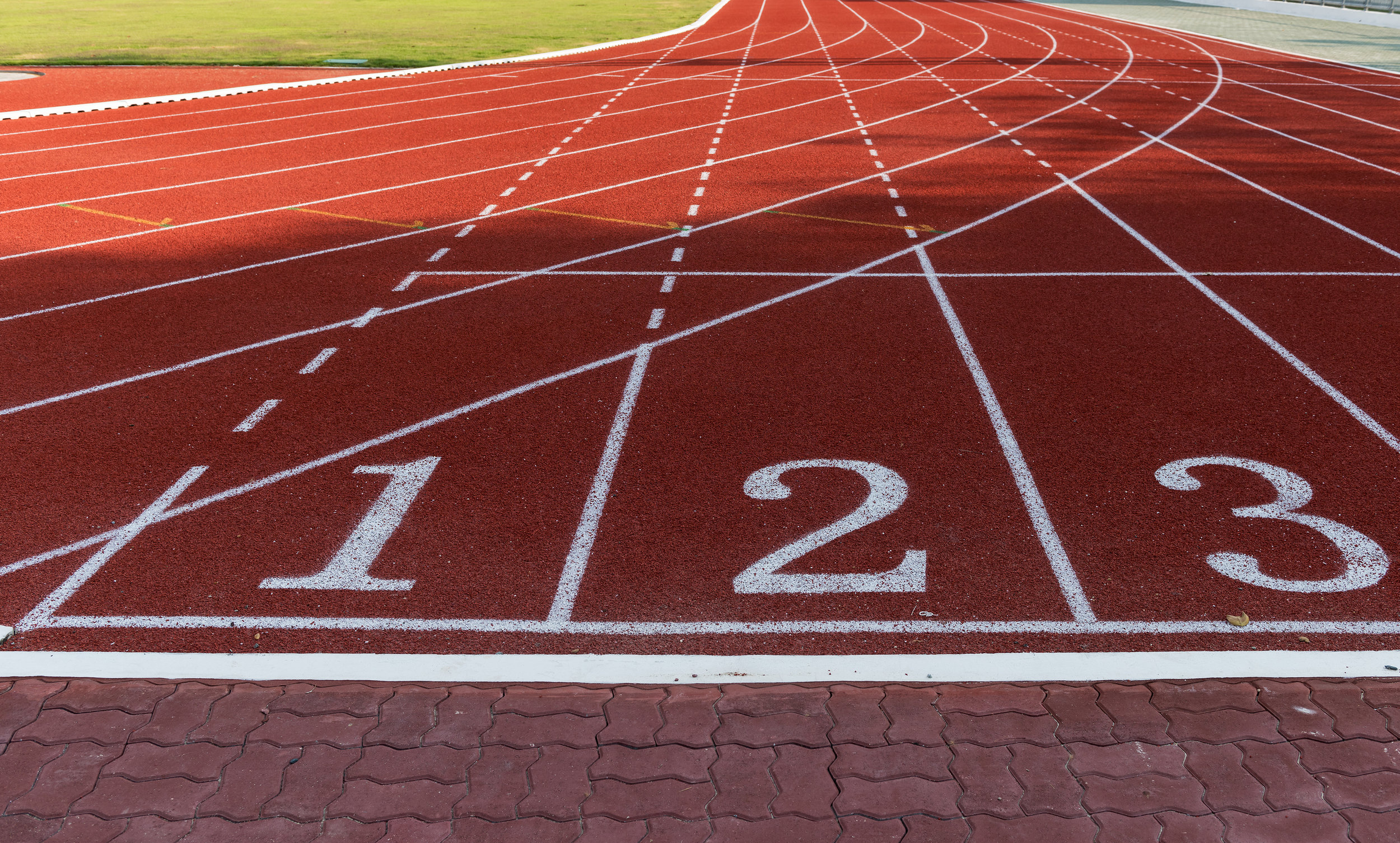 4. track running - running workouts .jpg