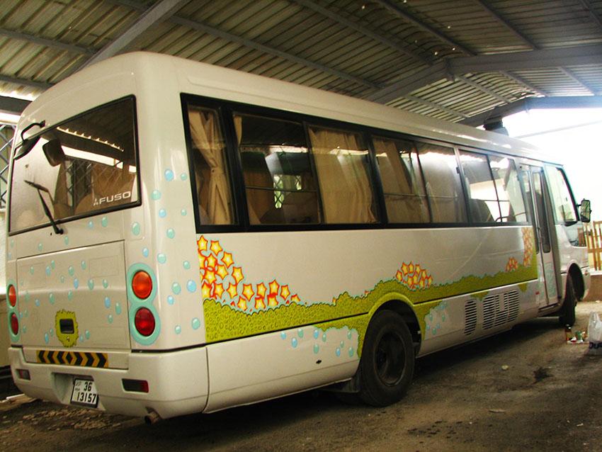bus13.jpg