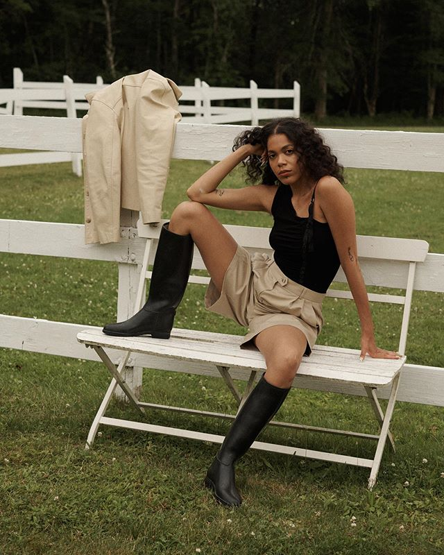 imagine being as chill as @ccveras? #BREAKUPSTATE available on our story and shopthebreak.com 🌾 shot by @bbryrybb at @thekaaterskill, beauty by @rocky_mua, hair by @rochelle_colorartist, styled by @hannah.richtman, assisted by @kybennington and @mickeygalvin #breakbabes