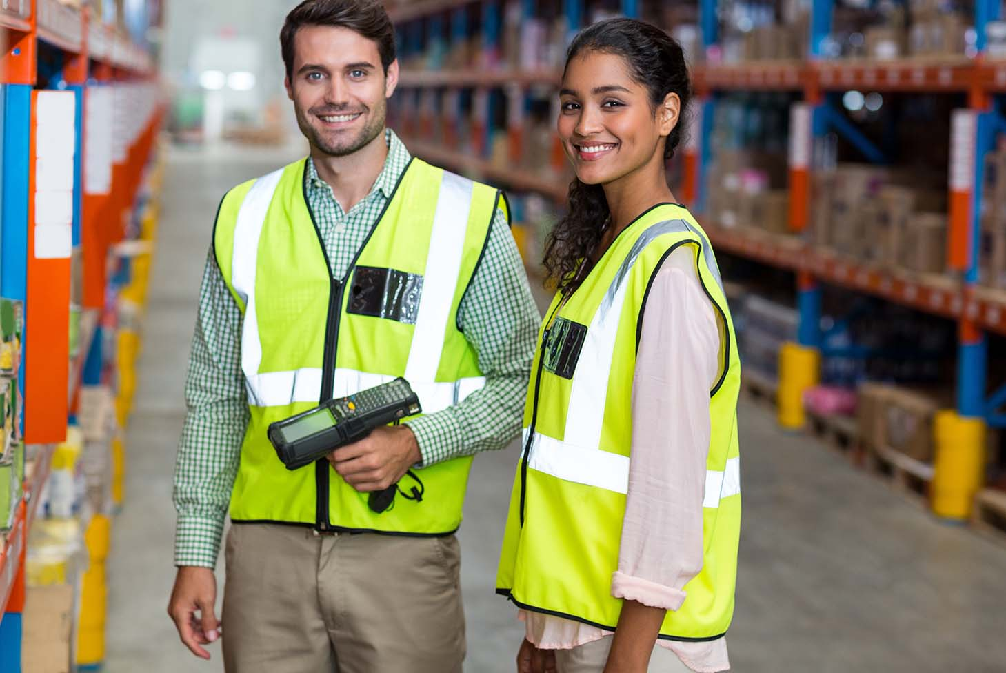 Get access. Track things. - > Delivery tracking from warehouse to customer> A+ inventory accuracy, picking, and order fulfillment> Reliable WiFi network solutions for smart warehouse