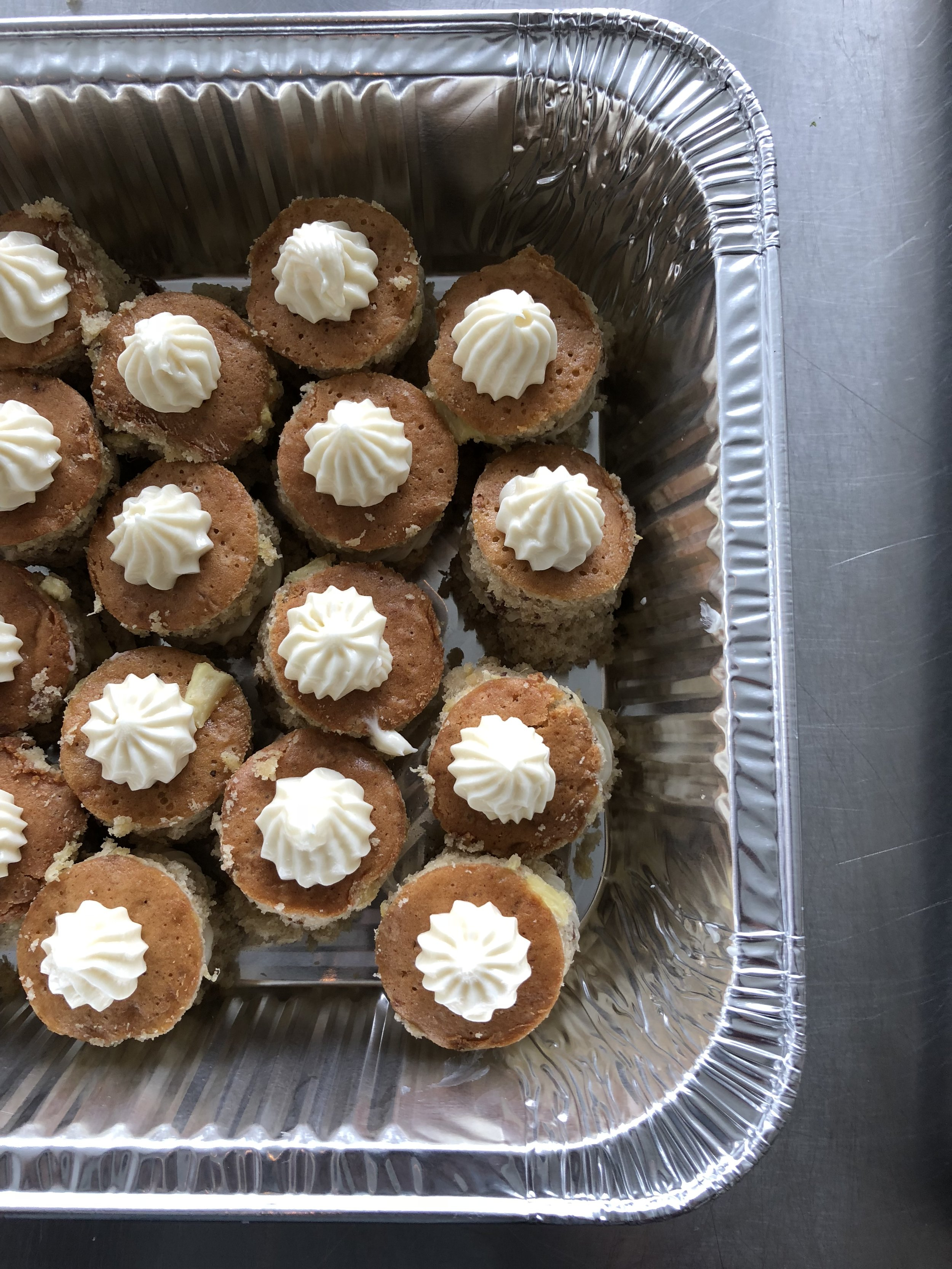 A pick-up version of the recipe we love to use for events! Same premise, just cut small circles out of the sheet cake before layering.