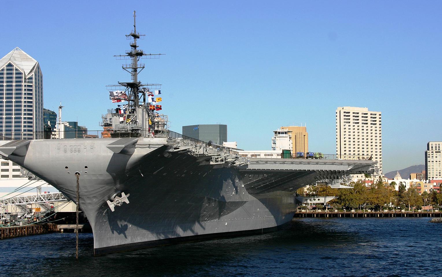 USS Midway1.jpg