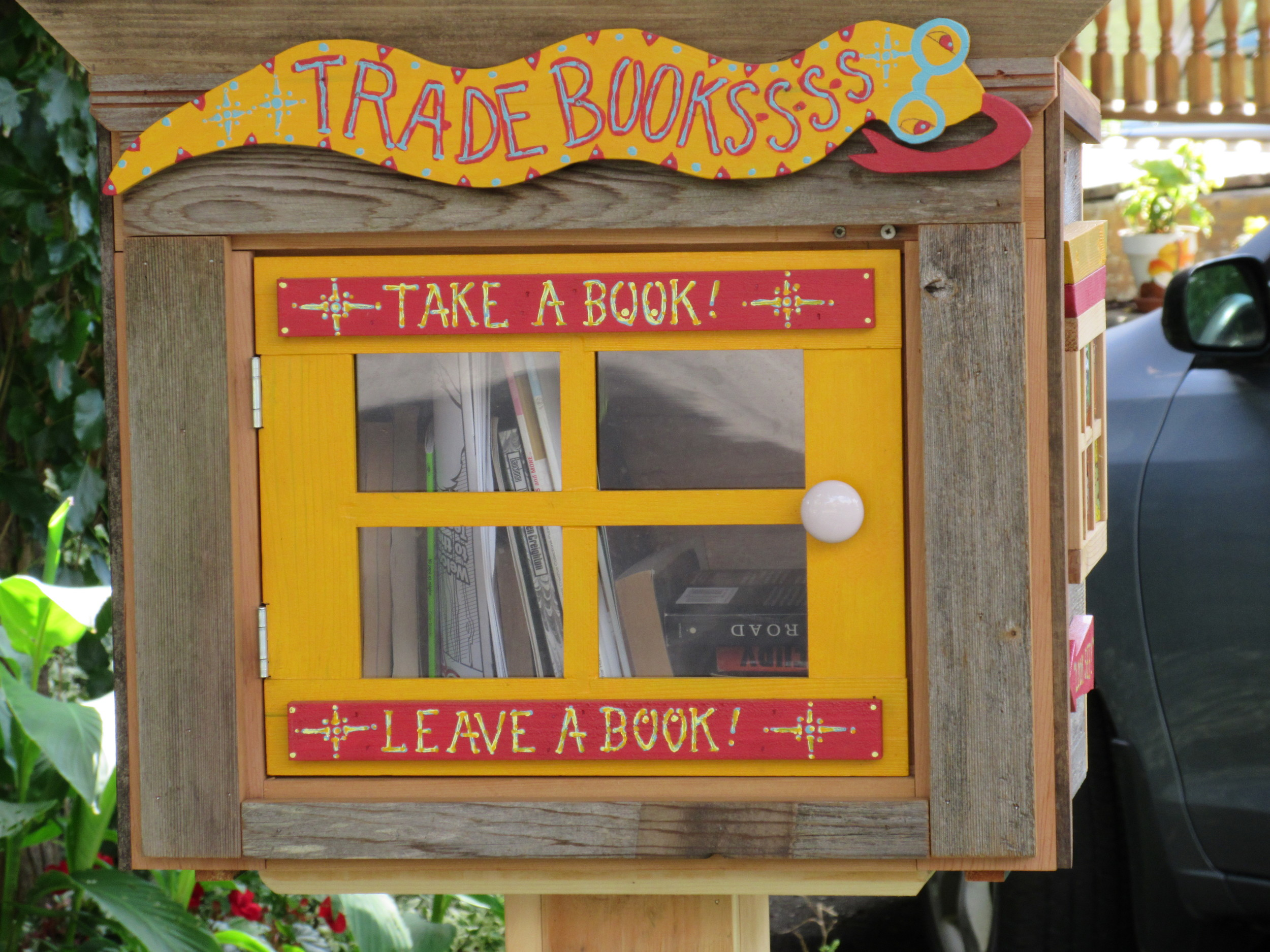 """""""I love these. I would like to make one for our front yard soon too. We have a lot of books and these are awesome. We like to fill them up. You learn a lot from reading."""""""