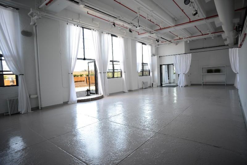 T Gallery Interior