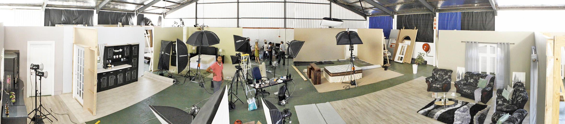 sets Pano2 28 march 2012.jpg