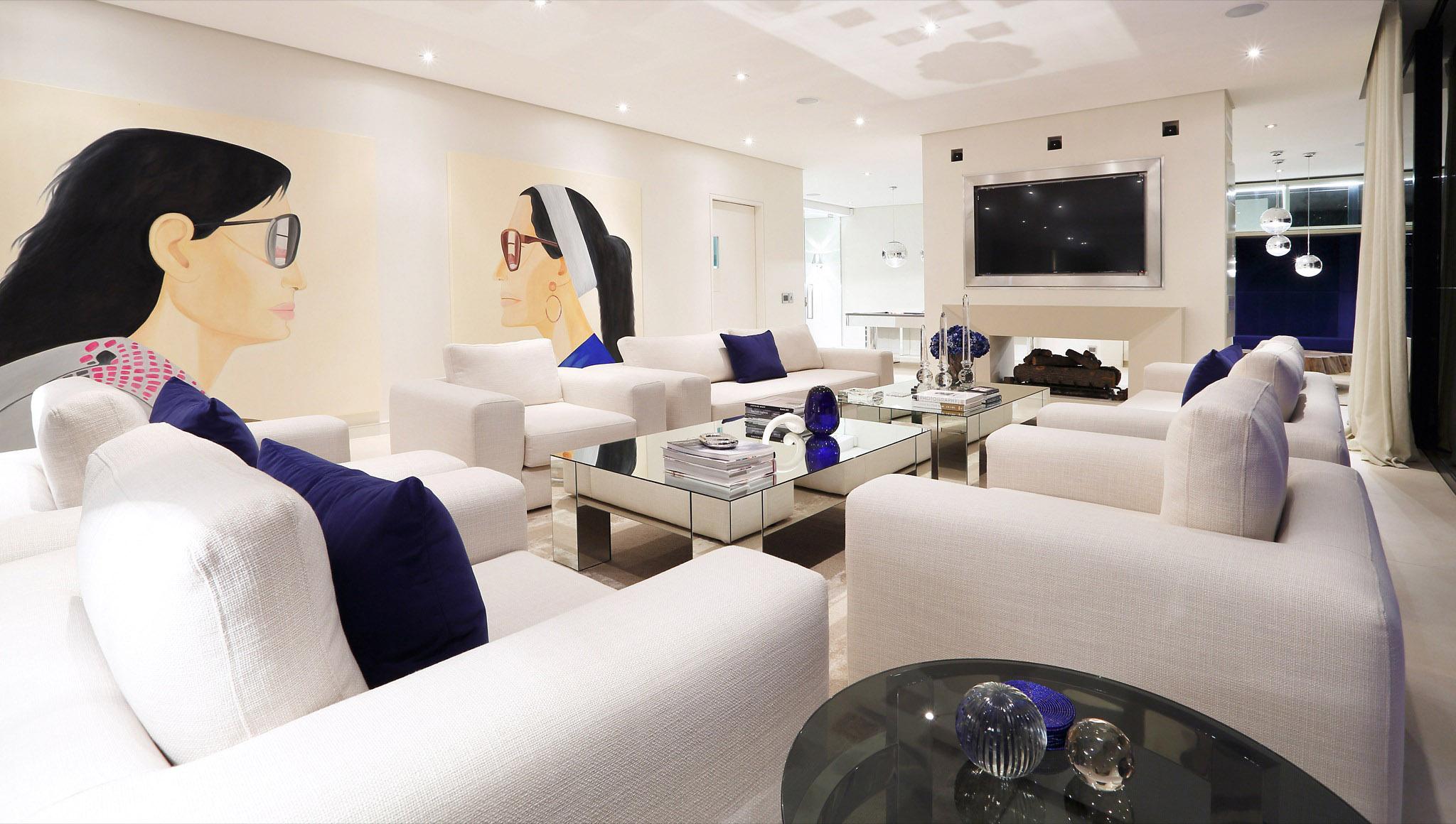 03 Lounge-8 2048.jpg
