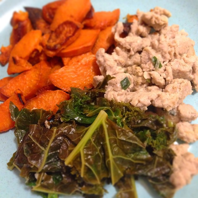 Sweet potatoes, lemon kale and ground turkey with scallions