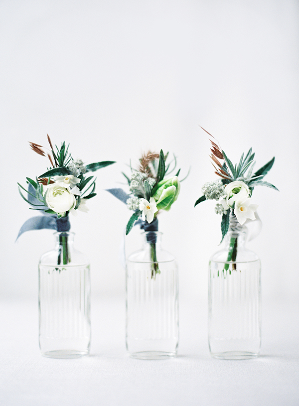 winter wedding flowers  (2 of 14) copy.jpg