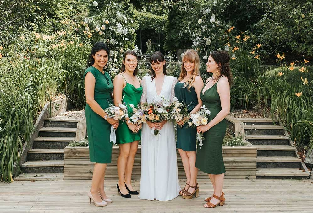 London Wedding in Summer with bouquets and wildflowers