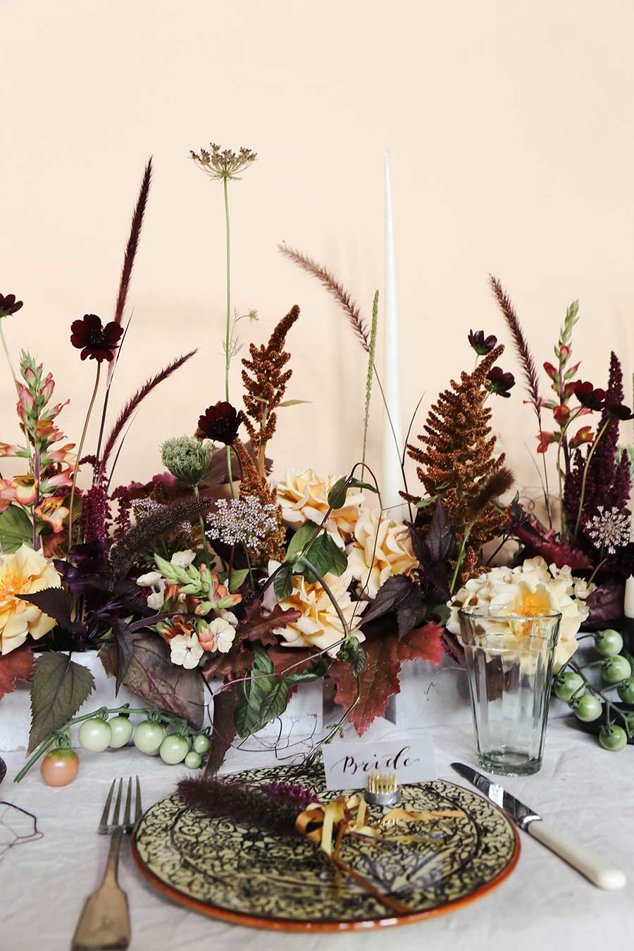 vervain-autumnal-wedding-table-flowers-06.jpg