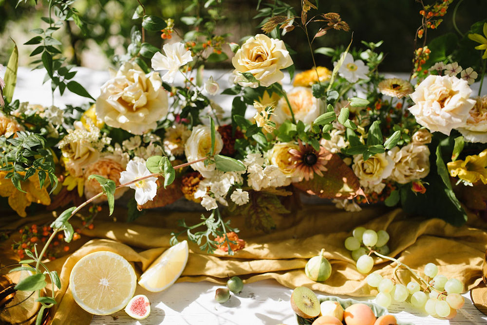 vervain-table-flowers-yellow-wedding-05.jpg