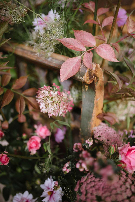 vervain-wild-installation-pink-flowers-01.jpg