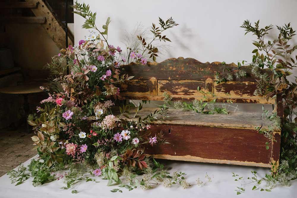 vervain-wild-installation-pink-flowers-03.jpg