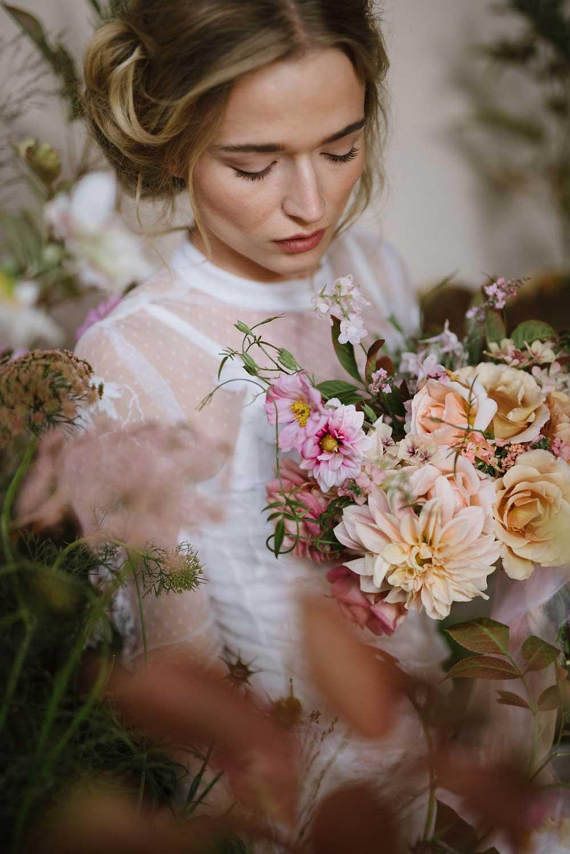 vervain-wild-installation-pink-flowers-02.jpg