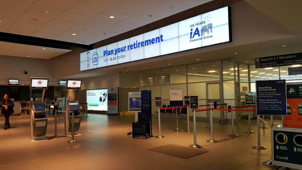 Billy Bishop Airport / Toronto