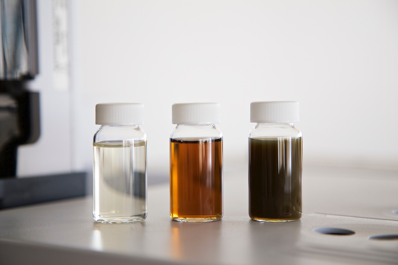 Shown from left to right:  abalonase  ® purified Beta-glucuronidase formula,  BetaGluc 100  ™  and Red Abalone Beta-Glucuronidase enzyme from another company.