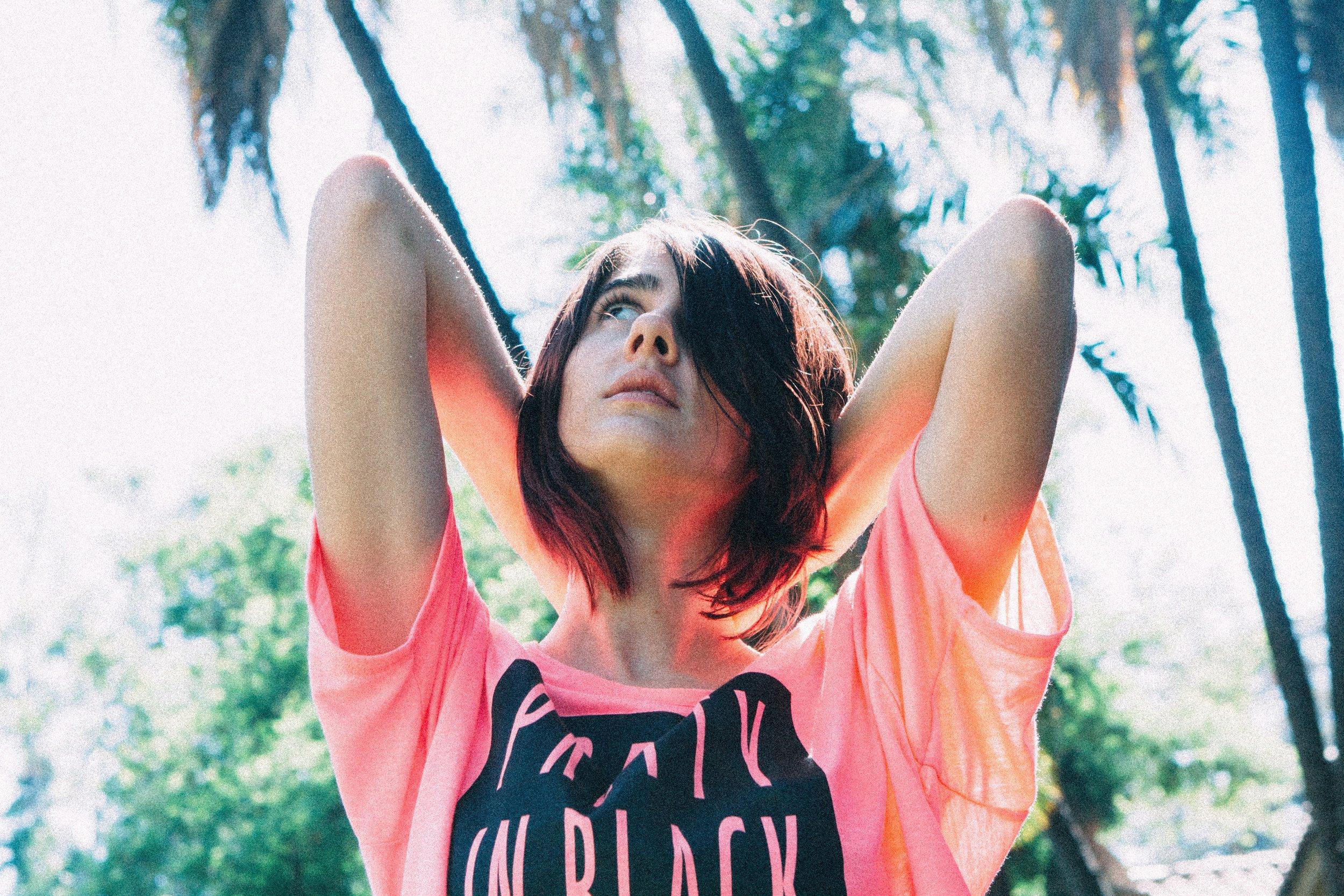 prettyinpinktshirt