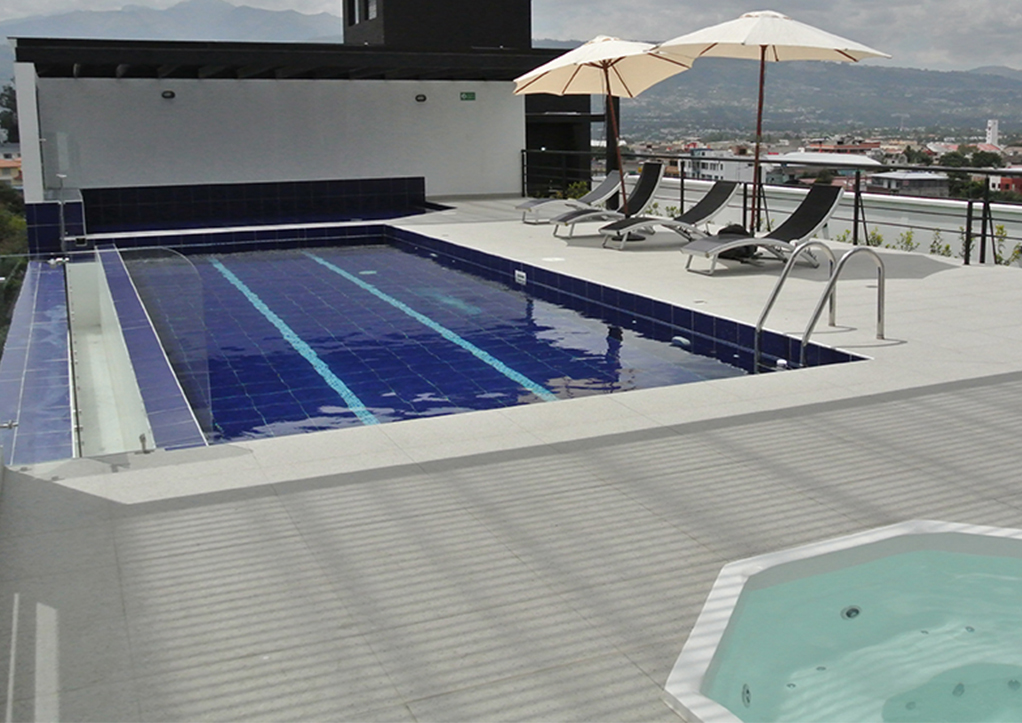 piscina sauna turco Tumbaco departamentos en venta.jpg