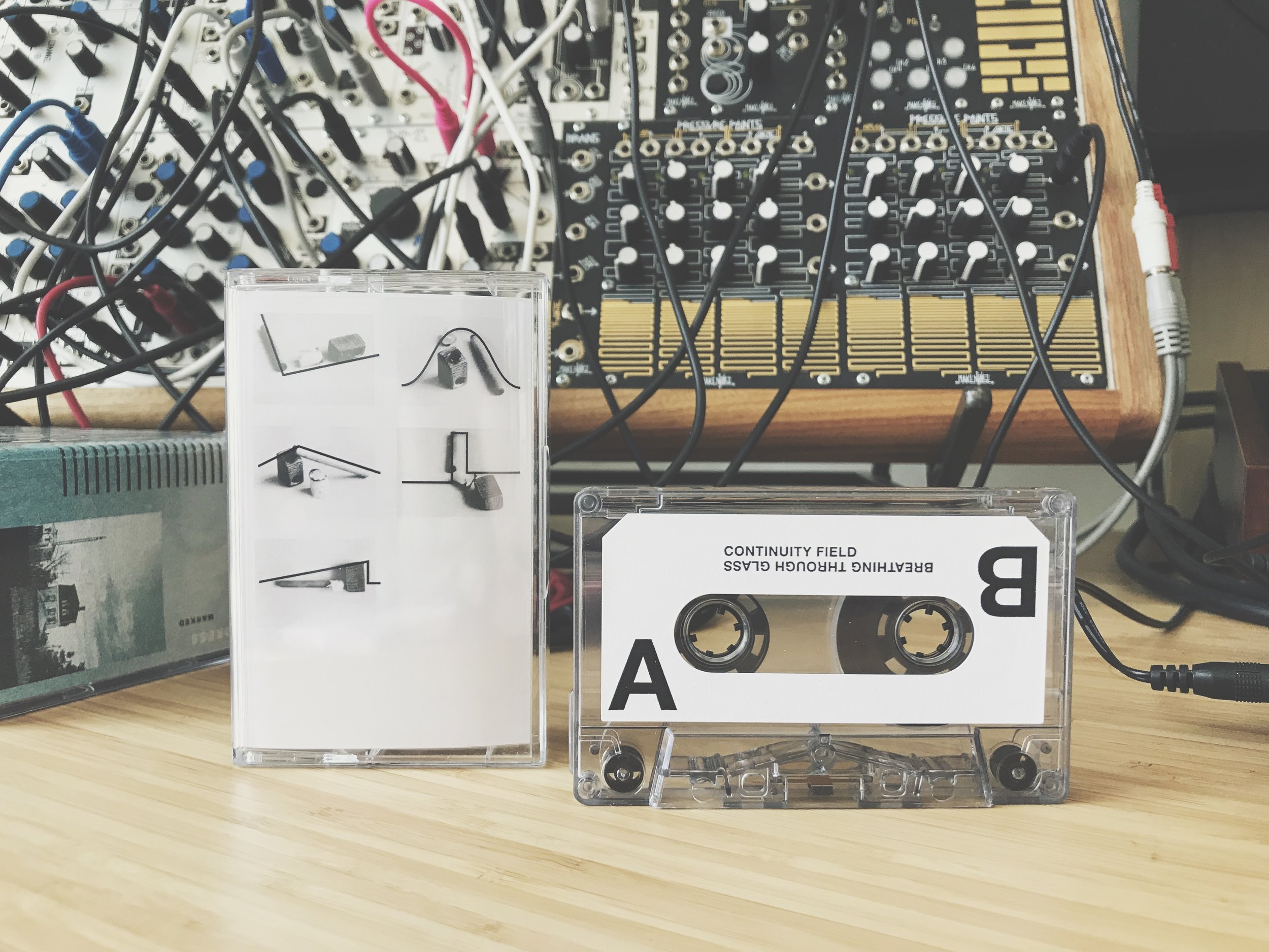 Sonatine / T Soltau - Continuity Field / Breathing Through Glass (Audio. Visuals. Atmosphere.)