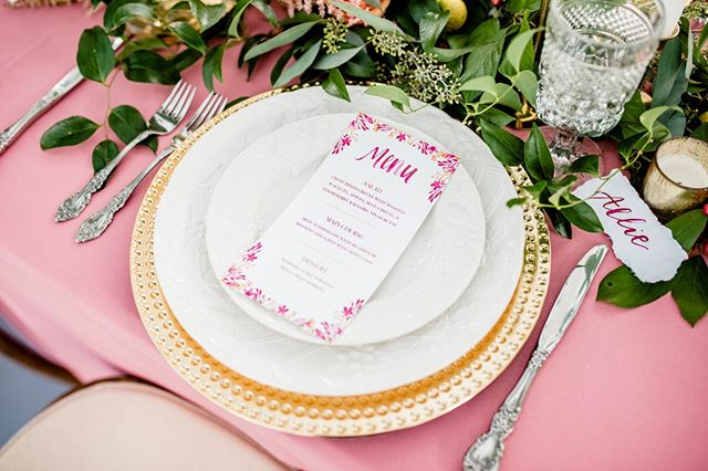 I love a good menu and a watercolored name card! I feel like these simple paper goods at such nice touches to your special day! Plus - who doesn't love a beautiful table setup?! #watercolor #handmade #custom #custominvitations #customwatercolor #customatationary #paper #stationary #art #paint #paperthings #watercolour #painting #goodmorning_art #instagood #instadaily #daily #artistic #buzzfeedart #wewholeart #artistic_nation